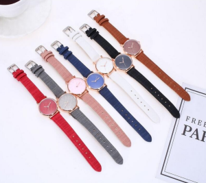 Fashion Women Leather Band Quartz Watch